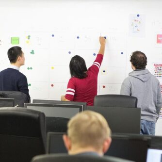 Full magnetic wall for meetings made with smart magnetic plaster